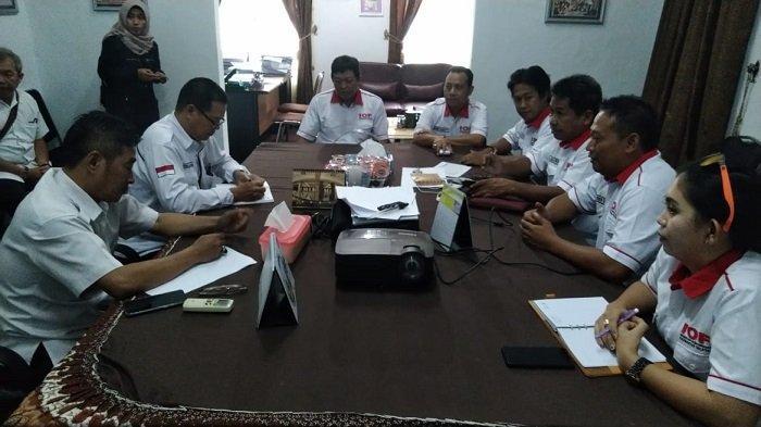 KPU Kalsel Dibantu Para Off-roader Salurkan Logistik ke Daerah Terpencil