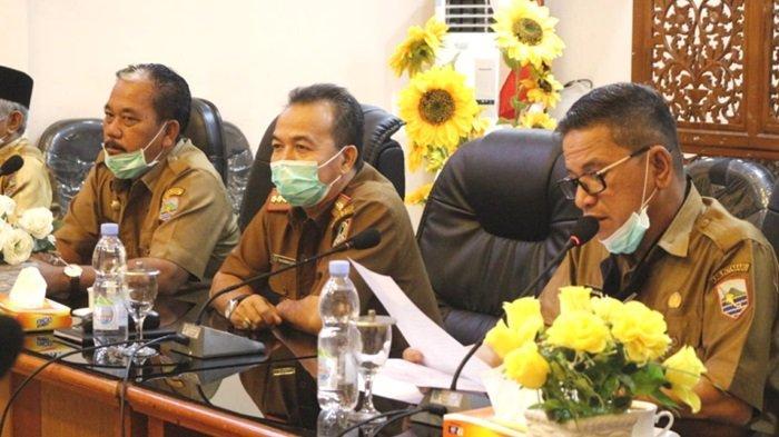 Penjabat Bupati Janji Fokus ke Penanganan Covid-19, Sebut 20 Kecamatan di Kotabaru Terpapar Covid-19