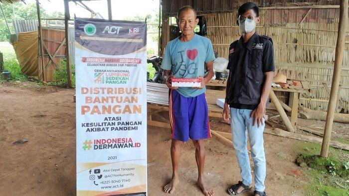 Ringankan Beban Hidup Penyintas Bencana, ACT Kalsel Bagikan Bantuan Makanan Gratis