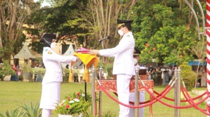 Bupati HST Pimpin Peringatan Detik-detik Proklamasi Kemerdekaan ke-76 RI Secara Prokes