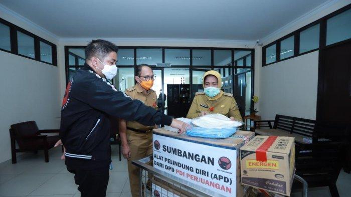 RSUD Ulin Banjarmasin Terima Donasi Ratusan APD di Tengah Pandemi Corona