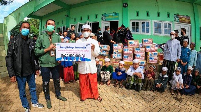 BRI Martapura Kalsel Salurkan Bantuan Sembako ke Panti Asuhan dan Panti Werdha