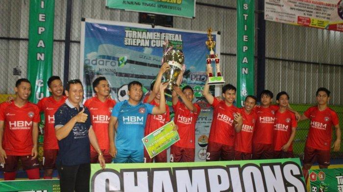 Binuang Muda Juara Futsal Stipan Cup Setelah Kalahkah Subaru FC dalam Final di Banjarbaru