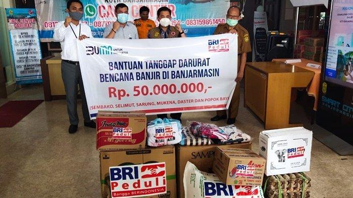 Penyaluran CSR Bank BRI Peduli untuk Warga Terdampak Banjir di Banjarmasin