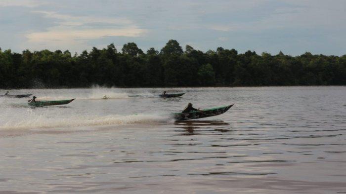 Hiburan Rakyat, Balap Perahu Ces Digelar di Kuripan Batola Kalsel