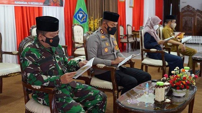 Gelar Haulan, Bupati HSS Ajak Teladani Semangat Juang Pangeran Antasari