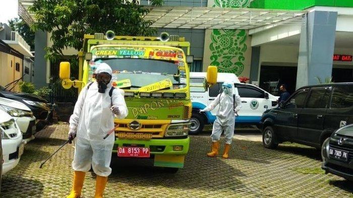 Kisah Pengumpul Limbah Covid-19 di Banjarbaru, Agus dan Rio Ikhlas Lakukan Pekerjaan Paling Berisiko