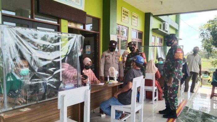 Tenaga Pengajar di Kecamatan Candi Laras Selatan Tapin Divaksin