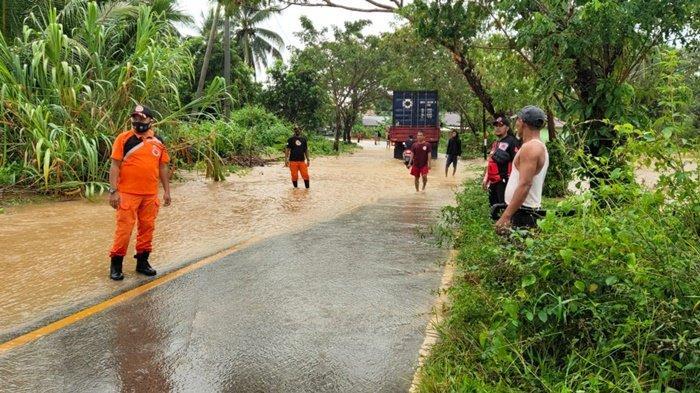 Banjir Cepat Surut, Kepala BPBD Kabupaten Kotabaru Bersukyur Tidak Ada Korban