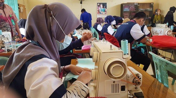 Asah SKill di BLK Tanah Laut, Puluhan Warga Tala Belajar Beragam Keterampilan Ini