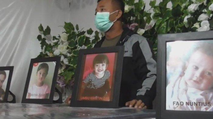 Peti jenazah ibu dan 3 anak korban Sriwijaya Air tiba di rumah duka