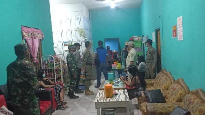 Petugas Gabungan Razia Tempat Karaoke dan Kafe di Kabupaten Tapin, 11 Orang Kena Sanksi