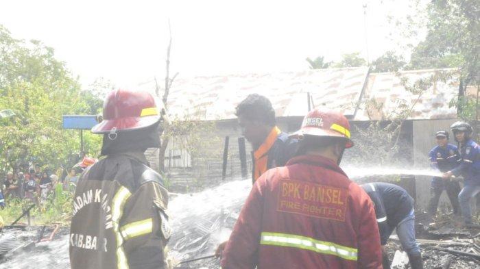 Kebakaran Kalsel, Tiga Rumah Habis Terbakar di Kecamatan Simpangempat Kabupaten Banjar