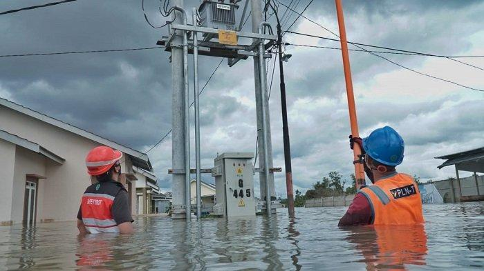 Amankan Keselamatan Warga Terdampak Banjir Kalteng, PLN Lakukan Pemutusan Aliran Listrik Sementara