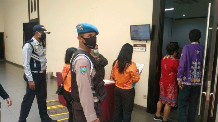 Wabah Corona Kalteng, Tim Satgas Covid-19 Palangkaraya Awasi Protokol Kesehatan Saat Acara di Gedung