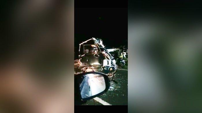 Kecelakaan Lalu Lintas di Kabupaten Banjar, 6 Mobil Rusak, Sopir Pikap Terjepit
