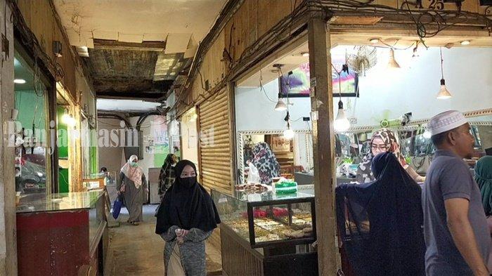Plafon Pasar Induk Amuntai Kabupaten HSU Akan Diperbaiki UPT Pasar Wilayah I