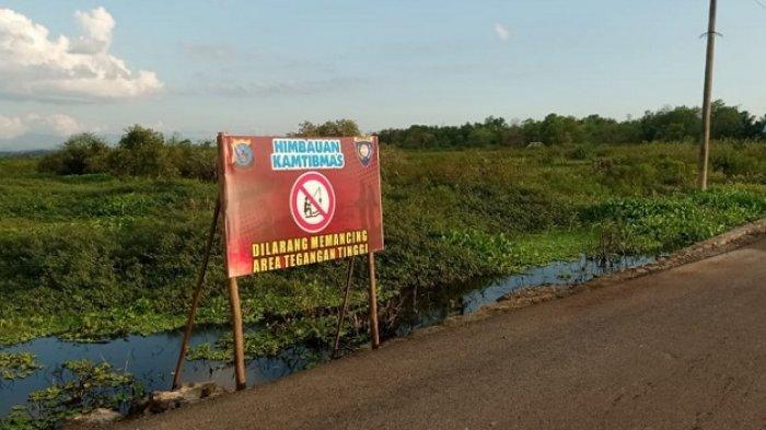Pemancing Tewas, Anggota Polsek Martapura Kota Pasang Plang Spanduk Larangan Memancing