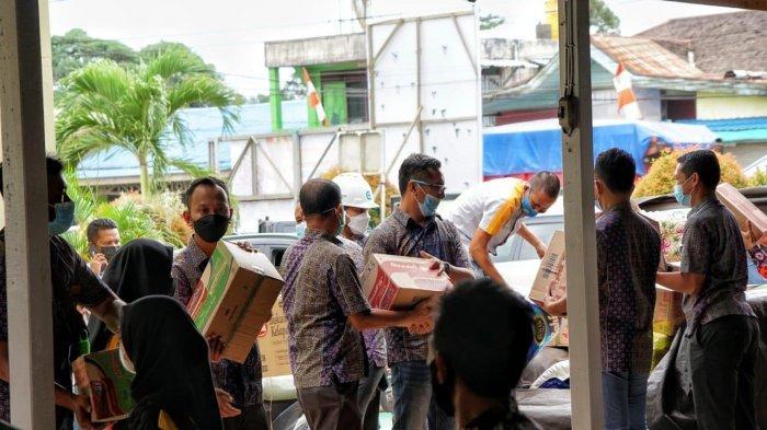 YBM PLN Kalselteng Salurkan Bantuan untuk Korban Banjir Satui