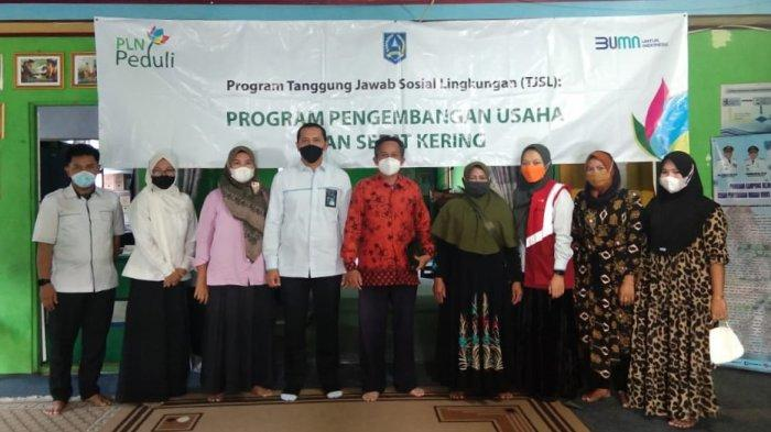 Program Pengembangan Usaha Ikan Sapat Kering dari  PT PLN (Persero) Unit Induk Wilayah Kalimantan Selatan dan Kalimantan Tengah (PLN Kalselteng)