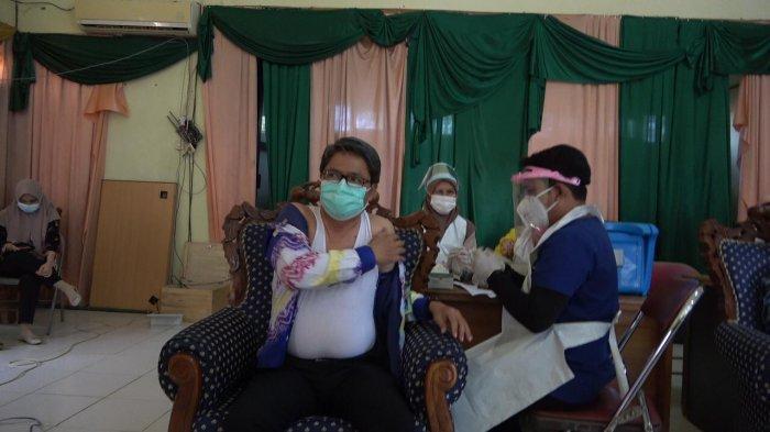 Diskominfo Kabupaten Balangan Dukung Program Vaksinasi Covid 19, Seluruh ASN Terima Suntik Vaksin