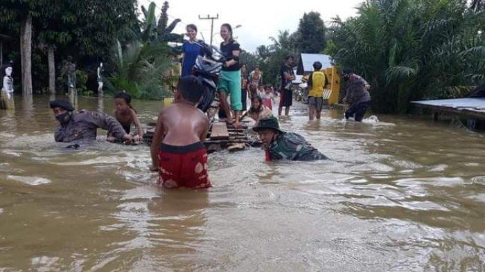 Sungai Katingan Kalteng Meluap, Banjir di Kasongan Rendam Rumah dan Fasilitas Umum