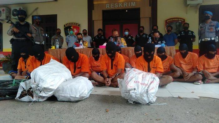 Korban Penipuan Polisi Gadungan Lega, Pelaku Diamankan di Polres Tanahbumbu