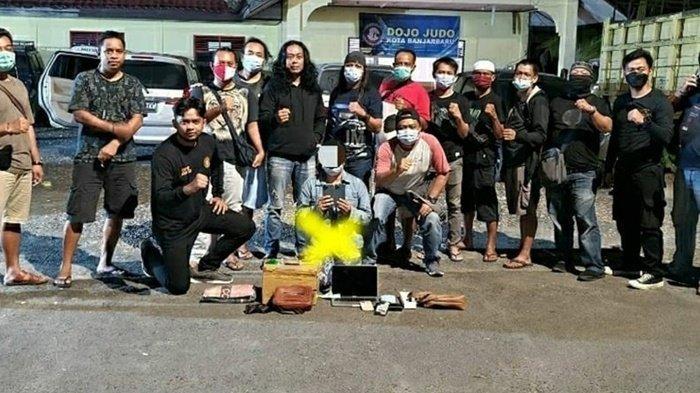 Mahasiswi Kuras Isi ATM Orangtua Angkat untuk Beli Barang Mewah, Diciduk Polisi di Banjarbaru
