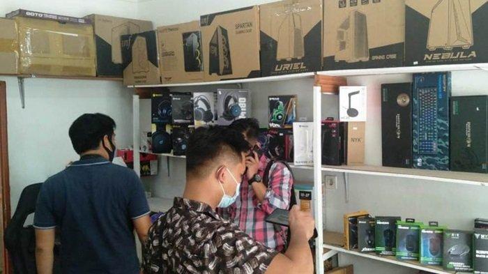 Toko Komputer di Jalan Putri Junjung Buih Palangkaraya Kalteng Dibobol Maling