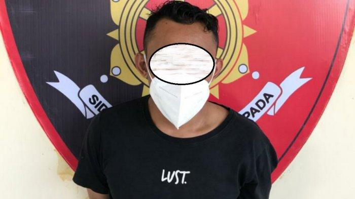 Mengaku Polisi, Andi Rampas Hp di Seorang Remaja di Taman Edukasi Tanahbumbu