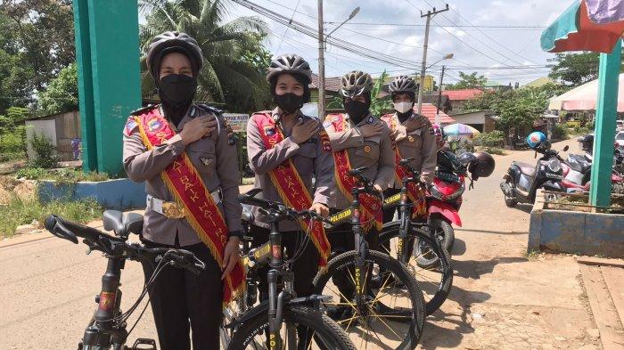 Program Polwan Bersepeda Polres Tabalong, Susuri Jalan Ingatkan Disiplin Prokes Covid-19