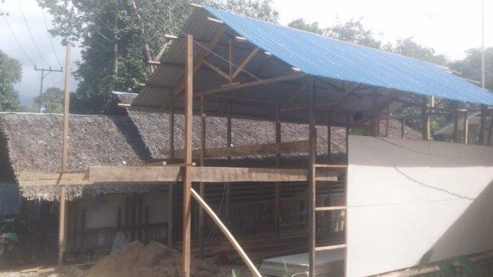 Bangunan lama Pondok Al Quran Ar Raudah di Desa Tilahan Kecamatan Hantakan, Hulu SungaiTengah yang mengalami kerusakan parah