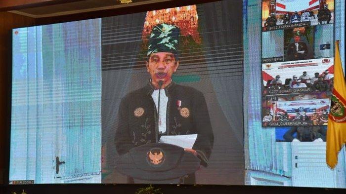 Sekda Kalsel Bangga Presiden Gunakan Pakaian Adat Kalsel di Hari Lahir Pancasila