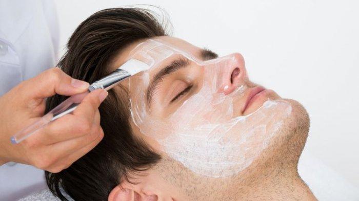 Claymask untuk Cara Merawat Kulit Wajah Pria, Simak 5 Perawatan Wajah Maskulin