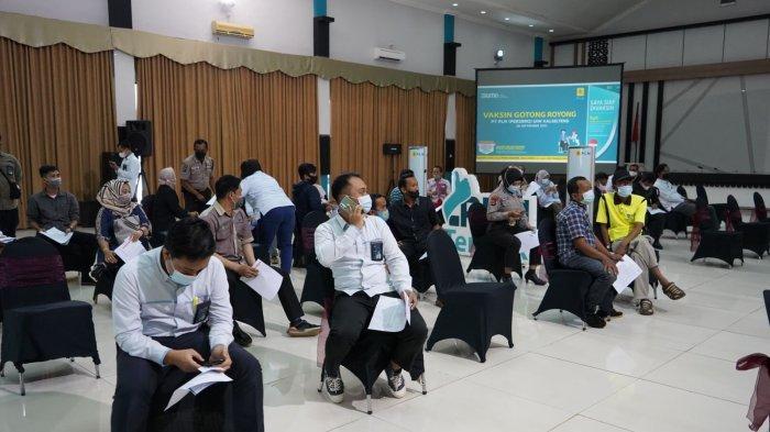 Program Vaksinasi Gotong Royong (VGR) sudah dimulai sejak September 2021 kepada karyawan PT PLN (Persero) UPT KSKT
