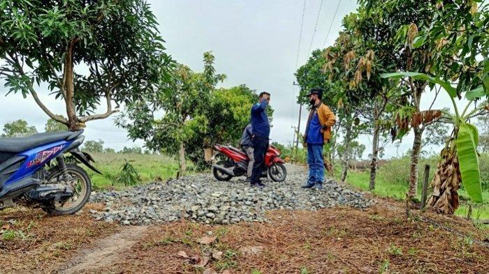 Diterpa Pandemi Covid-19, Proyek Pembangunan Jalan Kutabamara di Batola Tetap Dilanjutkan