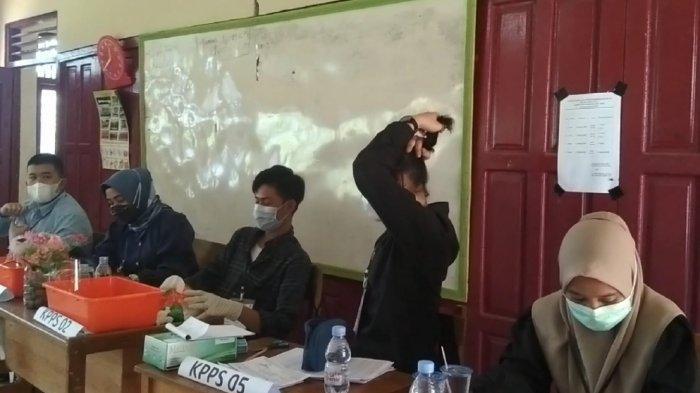 PSU Pilgub Kalsel 2020, di TPS 04 Desa Pualam Binuang Tapin, Pemilih Masih Berdatangan