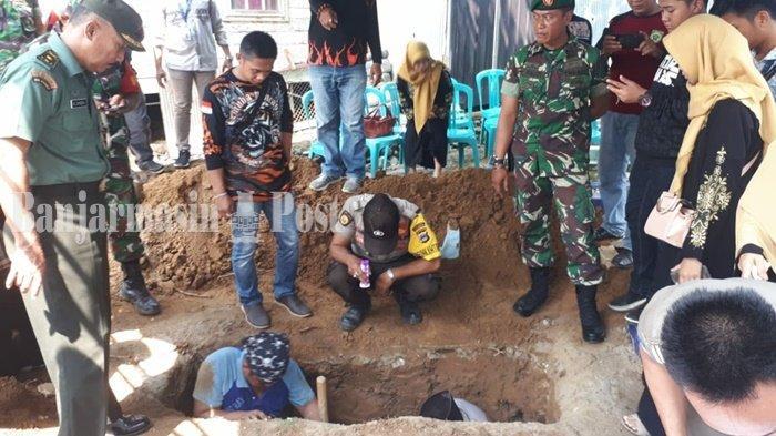 Jenazah Pahlawan Almarhum Lettu Awang Nasir Kini Disemayamkan di Taman Makam Pahlawan Balangan