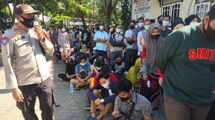 BREAKING NEWS: Warga Ngluruk ke Kecamatan Banjarmasin Selatan, H-1 PSU Pilgub Kalsel 2020