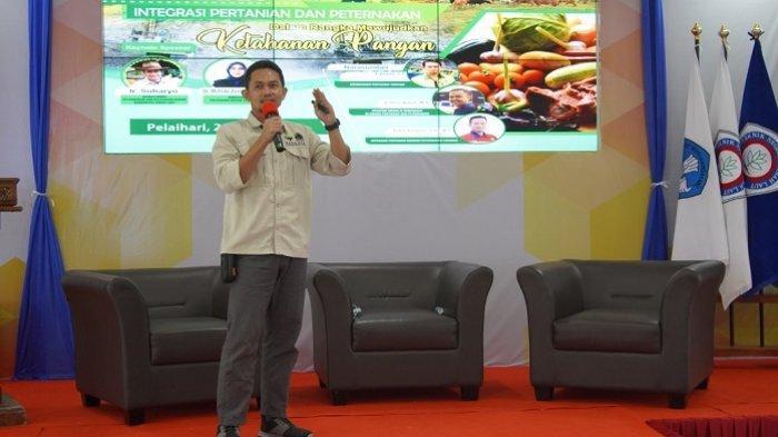 PT Arutmin Indonesia Tambang Asamasam bekerjasama dengan Politeknik Negeri Tanahlaut (Tala) serta Dinas Peternakan dan  Kesehatan Hewan Tala mengadakan Webinar dengan tema Integrasi Pertanian dan Perternakan dalam Rangka Mewujudkan Ketahanan Pangan, Rabu (28/4/2021).