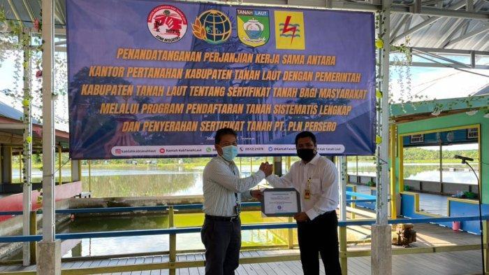 Amankan Aset, PLN Terima 87 Sertifikat Tanah dari BPN Tanah Laut