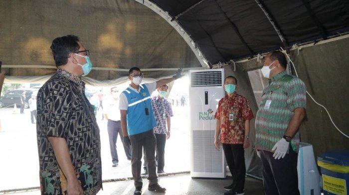 PT PLN (Persero) menyerahkan bantuan senilai Rp 1,69 miliar ke RSUP Dr Kariadi dan sejumlah rumah sakit di Jawa Tengah (Jateng).
