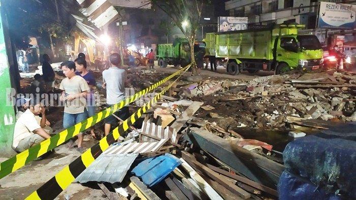 Normalisasi Aliran Sungai Veteran Banjarmasin, Belasan Kios Pasar Kuripan Dibongkar