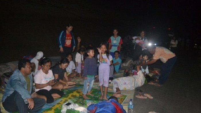 Warga Pesisir Minahasa Utara Panik dan Mengungsi ke Gunung, Takut Tsunami Pasca-gempa M 7,1