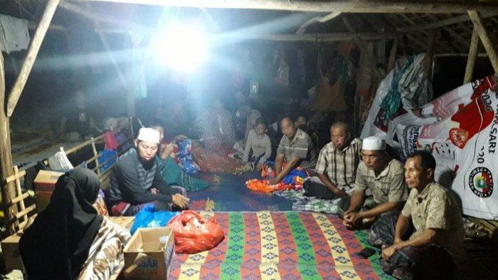 Soal Pengungsi Banjir Kalsel di Kurau Tempati Kandang Ayam, Bupati Tala Sebut Mereka Tak Mau Pindah