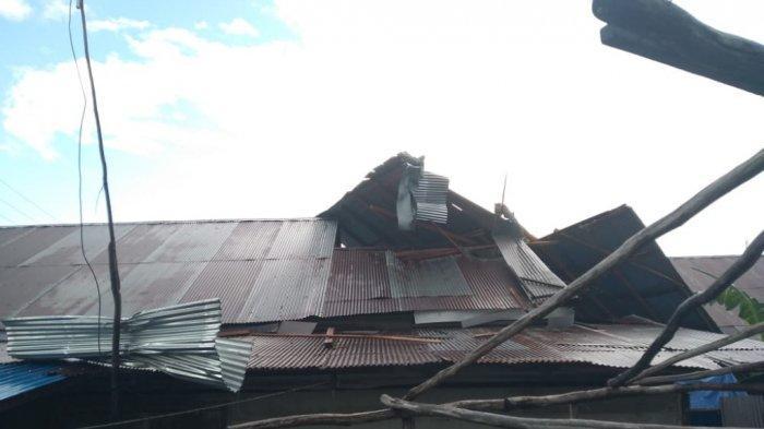 Puting Beliung Kalsel, Tiga Rumah Di Desa Keliling Benteng Turut Diterjang Angin Puting Beliung