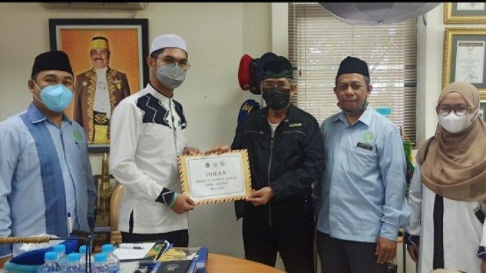 Juara Lomba MTA Antar Bangsa di Malaysia, Qori dan Qoriah BKPRMI Ini Kunjungi Banjarmasin Post