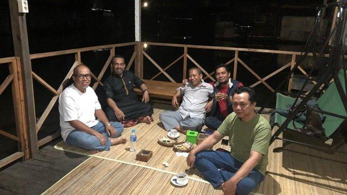 Kuliner Kalsel, Harga Terjangkau di R Cafe and Food Banjarmasin dan Banyak Pilihan Kopi