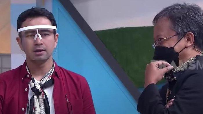 Raffi Ahmad dan pakar Mikro Ekspresi, Dody Trismara saat syuting acara program televisi Okay Bos