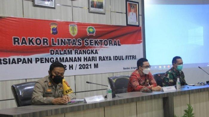 Hadiri Rakor PengamananIdulFitri 2021, Bupati HST Ingatkan Tertib Berlalu Lintas dan Prokes